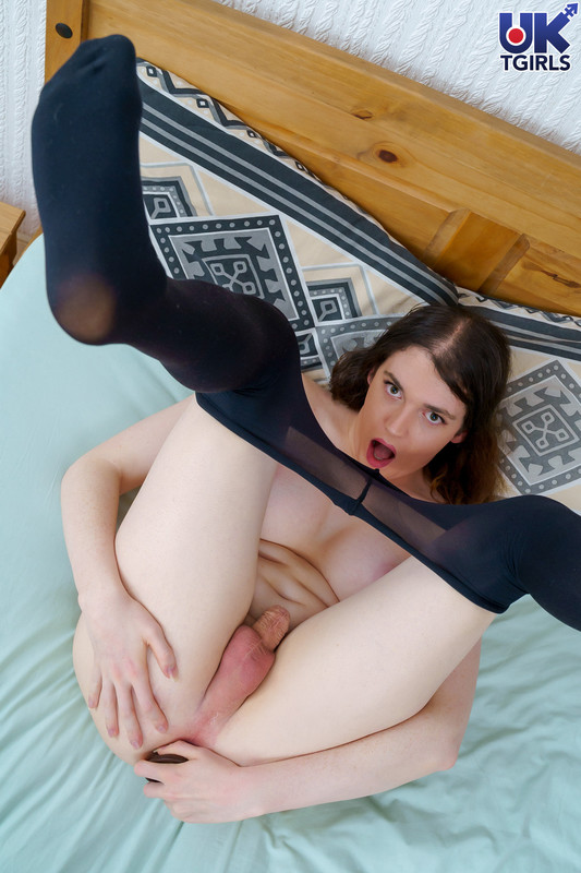 Sophie Kate Hitachi, Dildo and Cum! (31 March 2020)