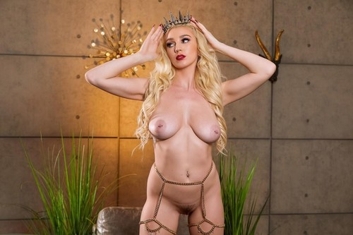 Kendra Sunderland - Totm April 2020 (SD)