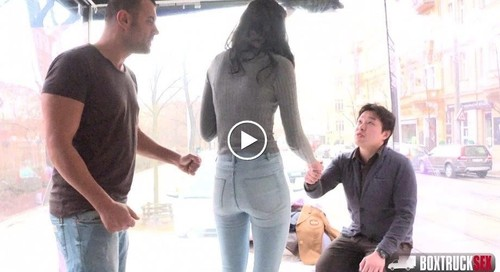 Lee Ane - Lee Ane Found Herself In Our Massage Truck [HD/720p]