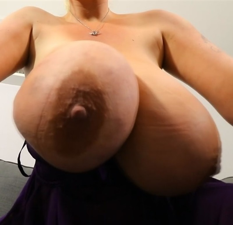 Voluptuous Big Natural Tits