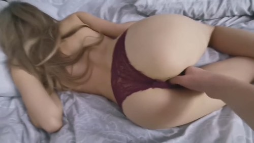 Amateurs - Fucking My Fit Girlfriend In The Morning In Missionary And Doggy [SD/720p]