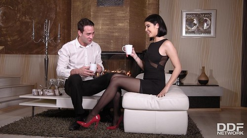 Lady Dee - Nylon, Heels And Tasty Toes [FullHD/1080p]