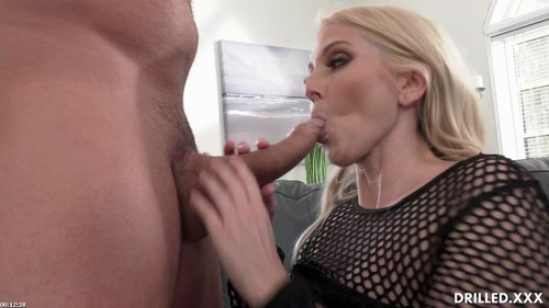 Christie Loves A Big Cock In Her Ass [HD]