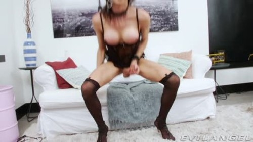 Paloma Magrinha - Shemale, Ladyboy Porn Video