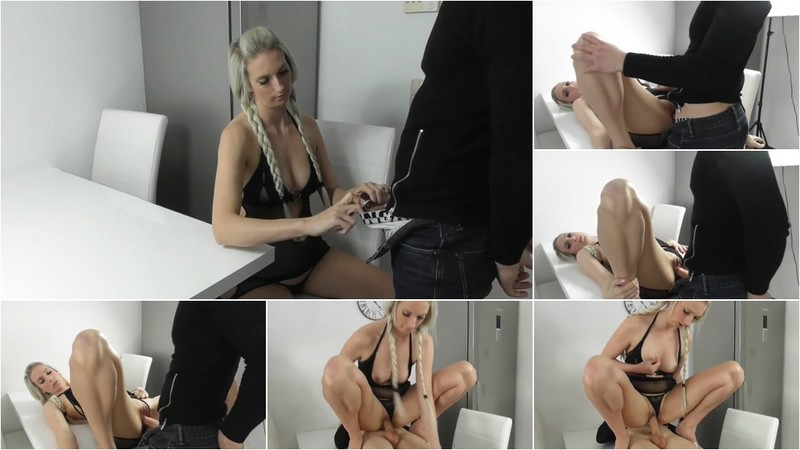 Jasmin_Style - Oh nein Stiefpappi hat mich zu doll lieb (1080P/mp4/81.7 MB/FullHD)