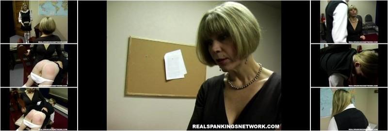 Renee - Renee's Otk Paddling (HD)