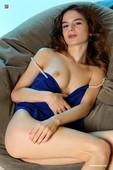 Debora -  Sunny  (x147)