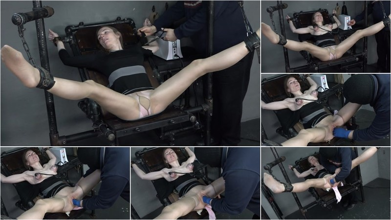 Karina - The hole is fisted 2020-04-03 [FullHD 1080P]