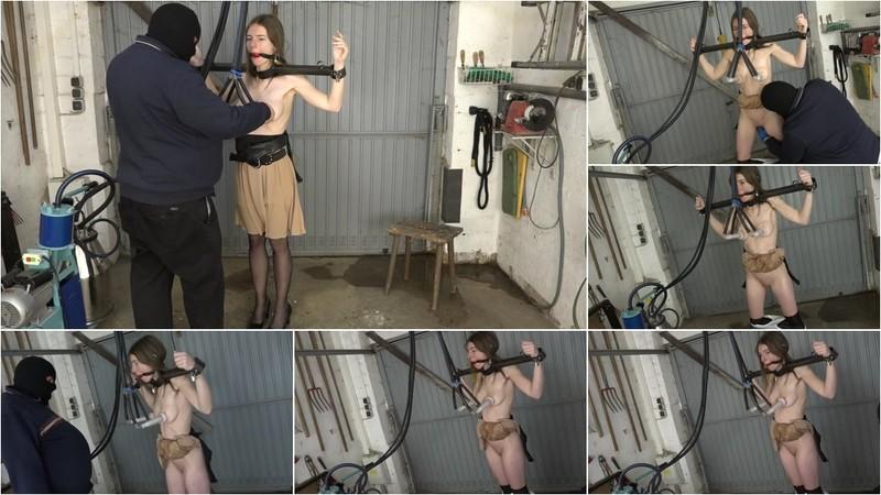 Karina - Milking and fisting NEW!!! 8-05-2020 [FullHD 1080P]