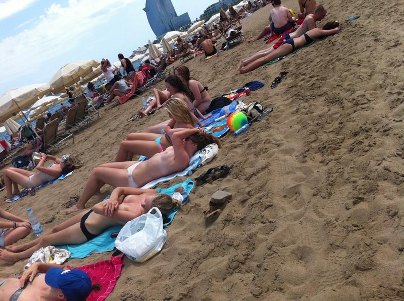 topless beach babes