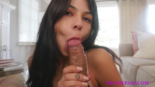 Lil Latina Makes Her Debut [FullHD]