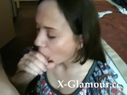 She Loves To Blow Me Off Gently [SD]