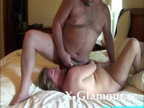 Amateurs - This Chunky Babe Likes A Fat Guys Dick And Can Suck It All Day Long. [SD/480p]