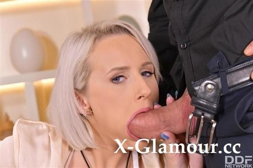 Angel Wicky - Busty Blonde Lives Out Her Lust (SD)