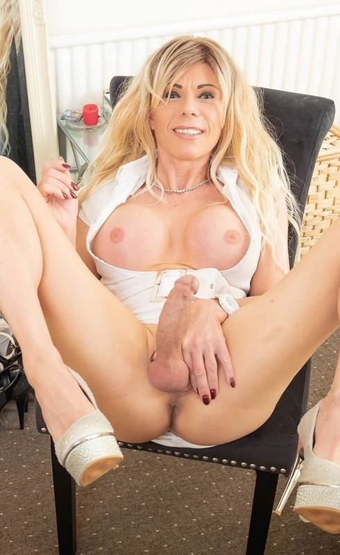 Joanna Jet – Me and You 408 – Little White Dress (22 May 2020)