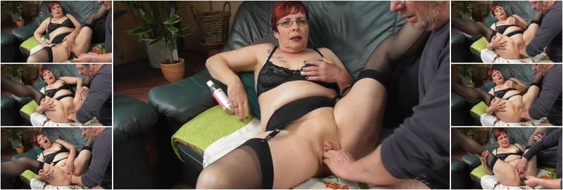 Unknown - Fisting squirting orgasms (FullHD)