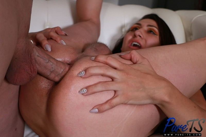 Charlotte Diaz Fucked By Her Father 039 S Best Friend