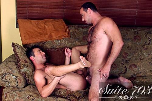 Suite703 -  I'm A Married Man: Girth Brooks & Sean Stavos