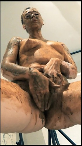 DirtyBetty - Vertical SSSmearing ALL Body - Solo Scat, Defecation, Shiting Girl,