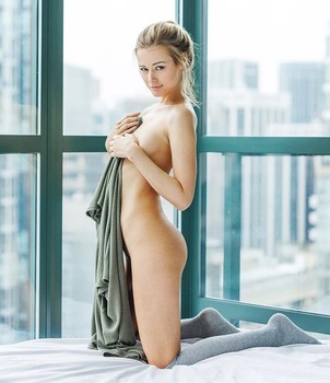 Naked Glamour Model Sensation  Nude Video - Page 6 Gwum4m83cjf7