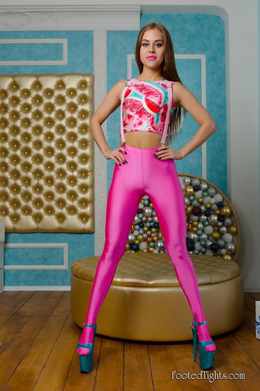 gorgeous slavic babe Olga M in candid pink leggings