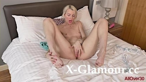 Lexi Lou - Ladies With Toys (FullHD)