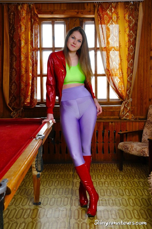 billiard girl Anna T in kinky outfit