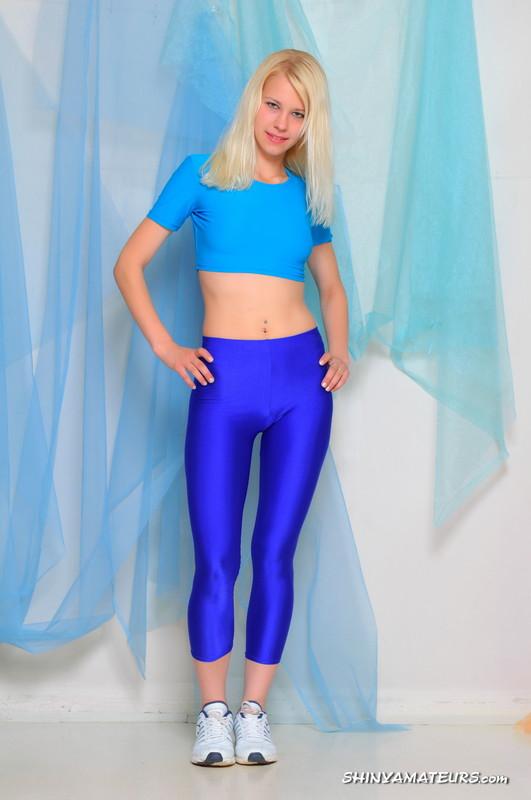 blonde gym trainer Luda in blue spandex