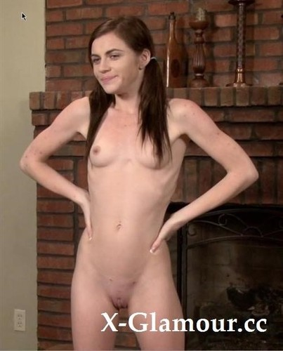 """Emma Stoned in """"Red Hot Bts"""" [FullHD]"""