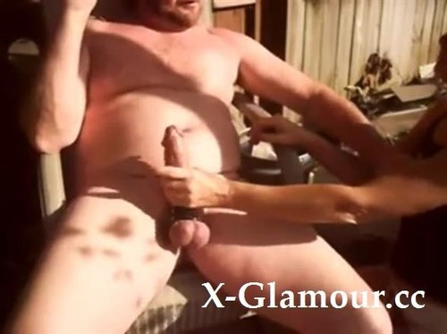 Amateurs - Wife Blows My Fat Cock First Thing In The Morning [SD/480p]