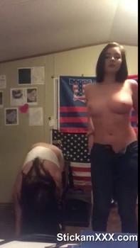 Girls Flashing Porn