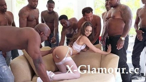Riley Reid Gangbang Part 2 [SD]