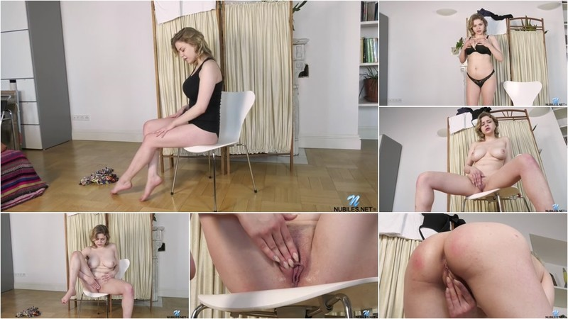 Bella Breeze Big Tit Play [SD 400P]