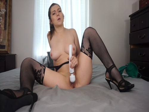 Calliecravesyou - Hitachi Orgasms In Stockings & Heels