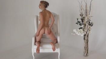 Naked Glamour Model Sensation  Nude Video - Page 7 Ff5bze8smwem