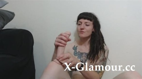 Punk Chick Playing With Her Toy And Seducing [HD]