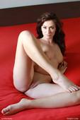 Tess L - Love starved (x112)