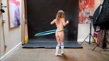 Naked Glamour Model Sensation  Nude Video - Page 7 V29d39abnm54