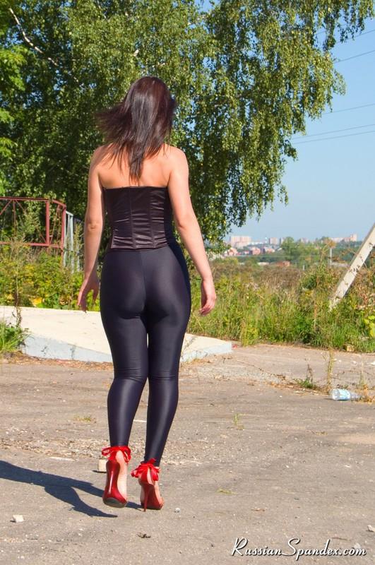 russian babe in black shiny leggings