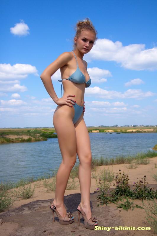 handsome model Katya kinky beach photos