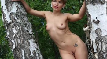 Naked Glamour Model Sensation  Nude Video - Page 7 Zqd65kkuzhn2
