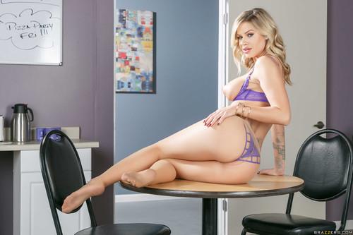 Jessa Rhodes 4