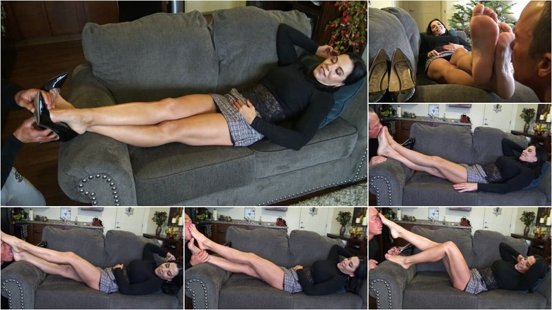 Worship My Smelly Feet, Foot Puppet! [FullHD 1080P]