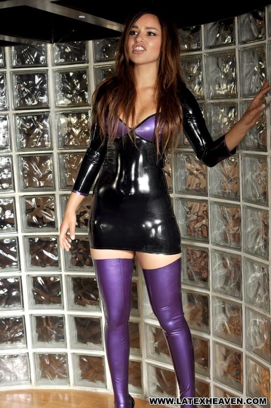 horny woman Jennifer in black minidress & purple latex stockings