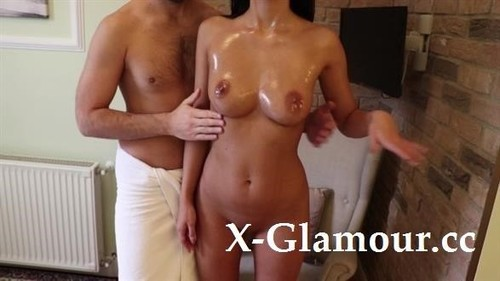 ClaudiaS Oiled Ass And Tits - Relaxing Massage Fuck [FullHD]