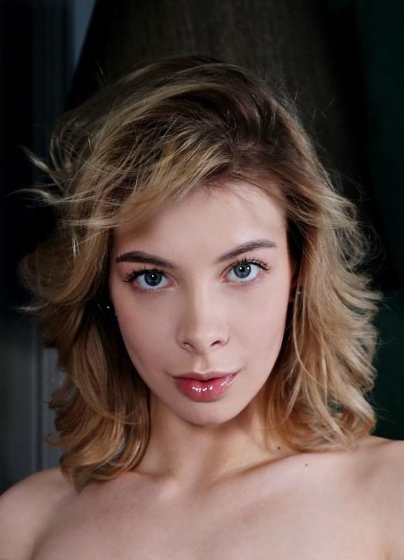 Eva Tali - In Vinyl (15 Sep, 2020)