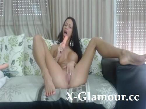 "Amateurs in ""Super Hot Webcam Model Masturbates Until She Cums Really Hard"" [SD]"