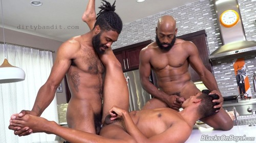 BlacksOnBoys - Jay Seabrook, Hunter Triad & JJ Lake