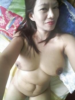 Tante Kesepian Selfie Bugil