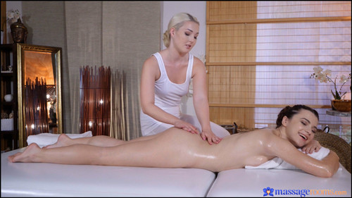 Lovita Fate, Hayli Sanders - Blonde masseuse pleases skinny babe